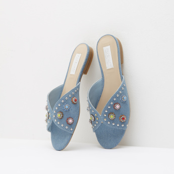 Beaded Slides with Slip-On Closure