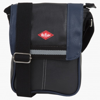 5d4da9359ffb Lee Cooper Zippered Messenger Bag