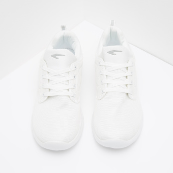 Textured Low Top Lace-Up Walking Shoes