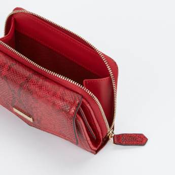 Paprika Textured Tri-Fold Wallet with Magnetic Snap Closure