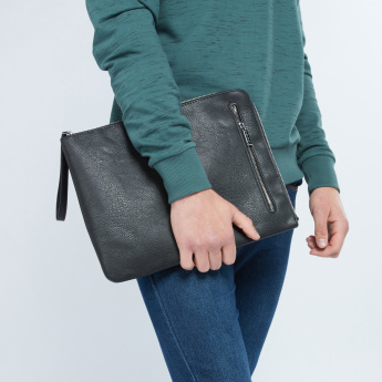 Duchini Textured Pouch with Zip Closure
