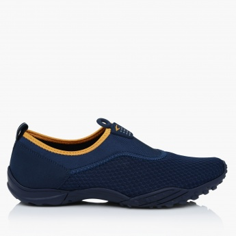 Dash Slip-On Mesh Walking Shoes