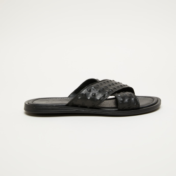 Elle Textured Arabic Sandals with Cross Straps