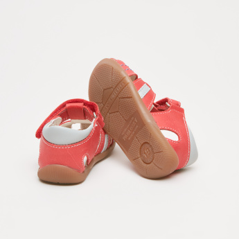 Pablosky Fisherman Sandals with Stitch Detail