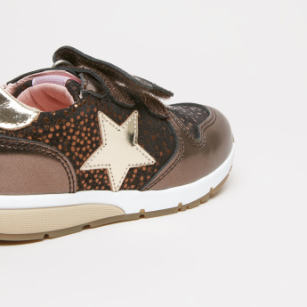 Pablosky Applique Detail Sneakers with Hook and Loop Strap