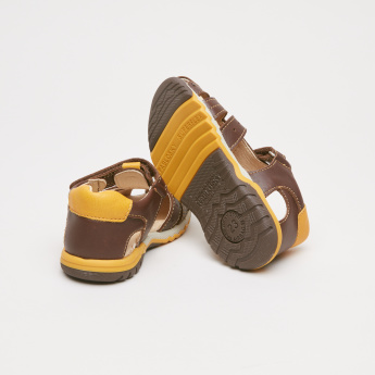 Pablosky Fisherman Sandals with Hook and Loop Closure