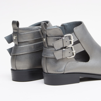 High Top Shoes with Zip Closure