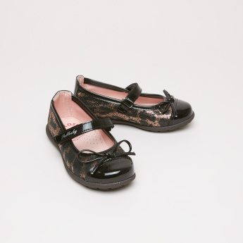 Pablosky Textured MaryJane Shoes with Bow Applique