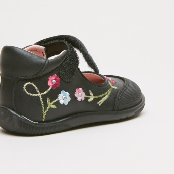 Pablosky Embroidered Shoes