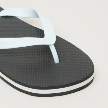 Flip Flops with Printed and Textured Footbed