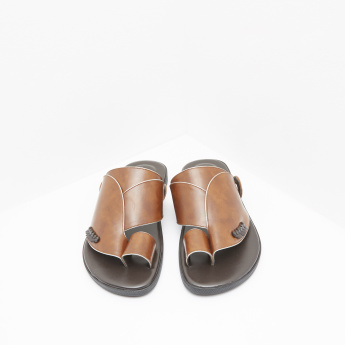 Al Waha Slip-On Arabic Sandals with Toe Ring