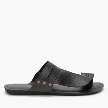 Duchini Textured Arabic Sandals with Toe Strap
