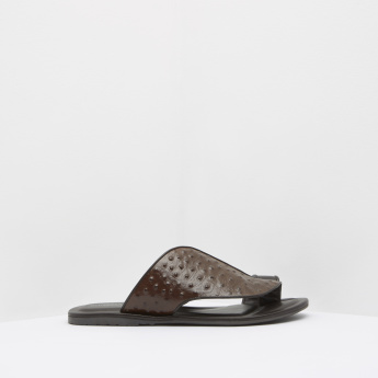 Duchini Textured Slip-On Toe Ring Slides