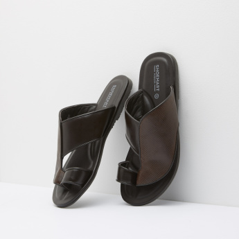Duchini Textured Slip-On Arabic Sandals