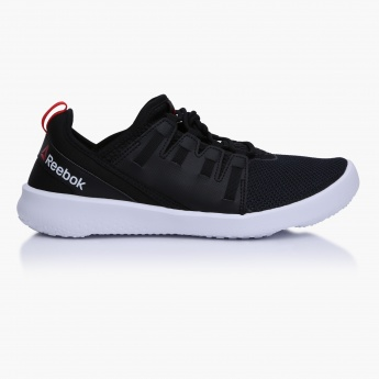 running shoes new style order online Reebok Sports Shoes