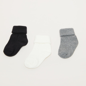 Textured Crew Length Socks with Ribbed Cuffs - Set of 3