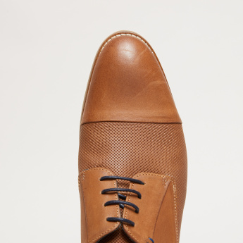 Textured Derby Shoes with Lace Up Closure