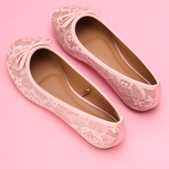 Little Missy Textured Slip-On Ballerina Shoes with Bow Detail