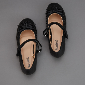 Juniors Mary Jane Shoes with Hook and Loop Closure