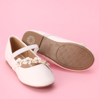 Juniors Flower Detail Mary Jane Shoes with Hook and Loop Closure