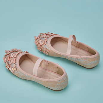 Juniors Slip-On Mary Jane Shoes with Applique Detail