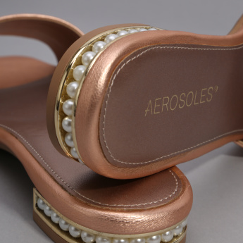 Aerosales Slides with Pearl Detail