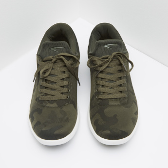 Camo Print Lace Up Low Top Sneakers