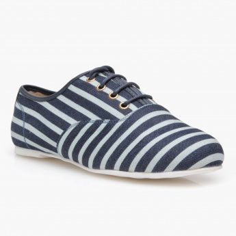 Missy Oxford Lace-Up Shoes