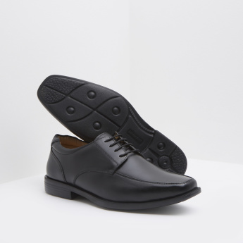Square Toad Derby Shoes with Lace-Up Closure