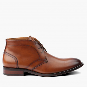 Duchini Lace-Up Chukka Boots