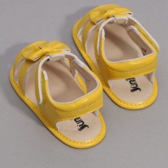 Juniors Bow Detail Sandals with Hook and Loop Closure