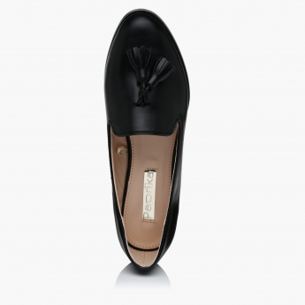 Paprika Slip-On Shoes with Tassels on the Vamp
