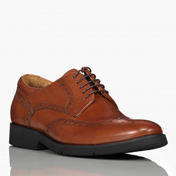 Le Confort Lace-Up Oxford Shoes