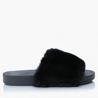 Missy Slippers with Plush Detail