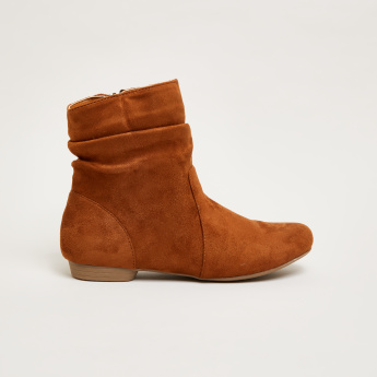 High Top Flat Boots with Zip Closure