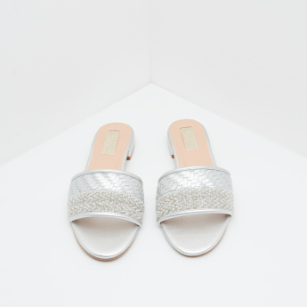 Weave Pattern Flat Sandals with Slip-On Closure