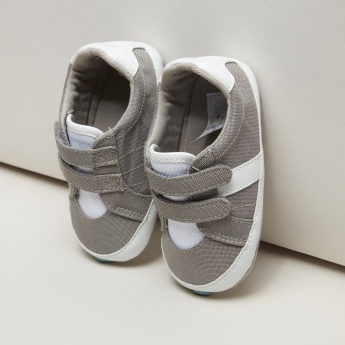 Juniors Textured Shoes