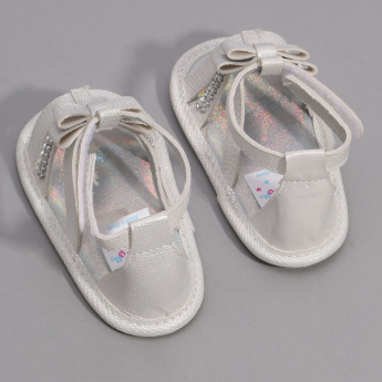 Juniors Studded Sandals with Hook and Loop Closure