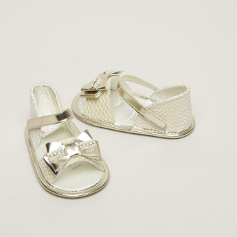 Juniors Sandals with Pearl Detail