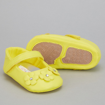 Juniors Flower Applique Booties with Hook and Loop Closure