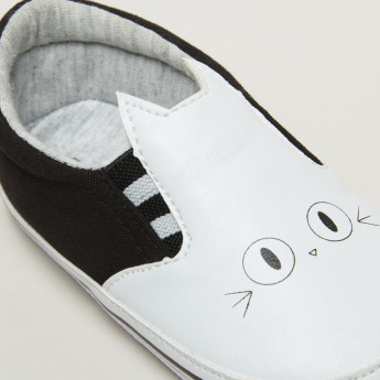Printed Slip-On Cat Sneakers