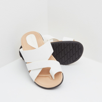 Textured Arabic Toe-Ring Slides with Slip-On Closure